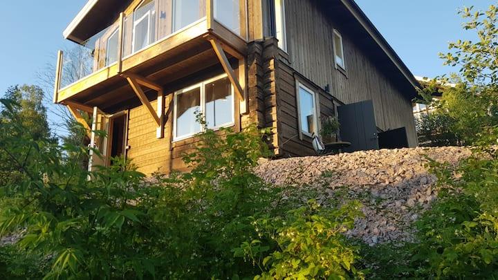 Nybyggd lägenhet i vackra Plintsberg, Tällberg!