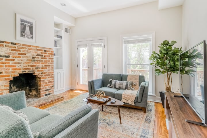 Spacious 3BR Home Near Capitol Hill & Parks