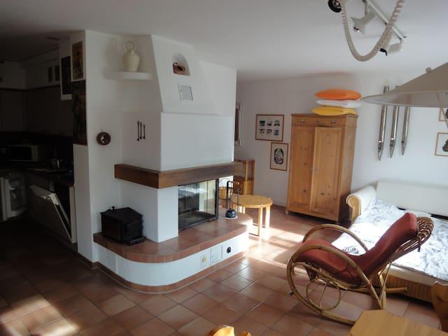 Casa Arcada 2 1/2-Zimmer Wohnung mit Cheminée - Scuol