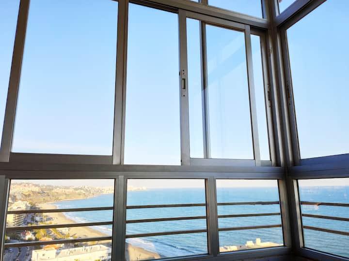 Apartamento con espectaculares vistas a la playa