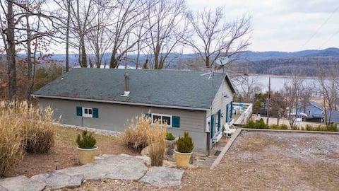 Lake House - Nice Deck and View!