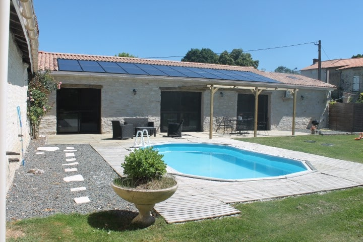 Close house Niort swamp poitevin+piscine sud79