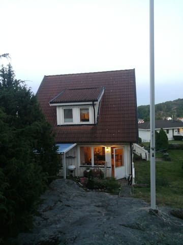 Villa on a great location! Close to everything!