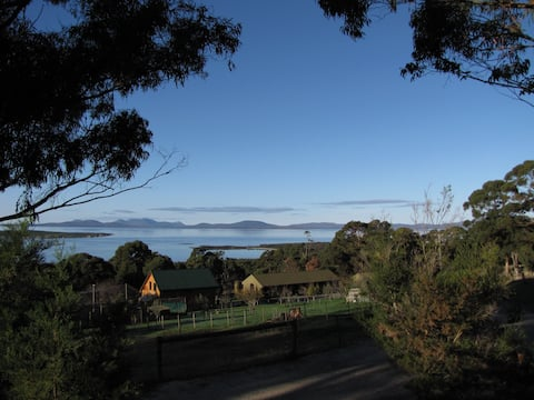 The Retreat - Partridge Farm - Flinders Island