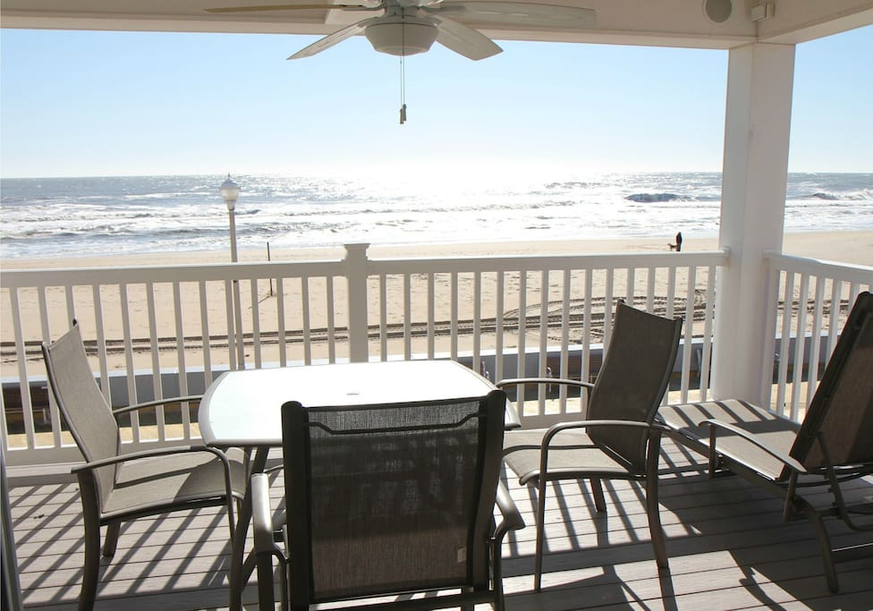 OC Boardwalk Suites - Oceanfront Balcony
