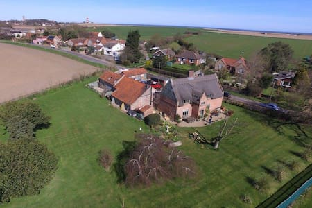 Grade II listed Stable conversion in Happisburgh