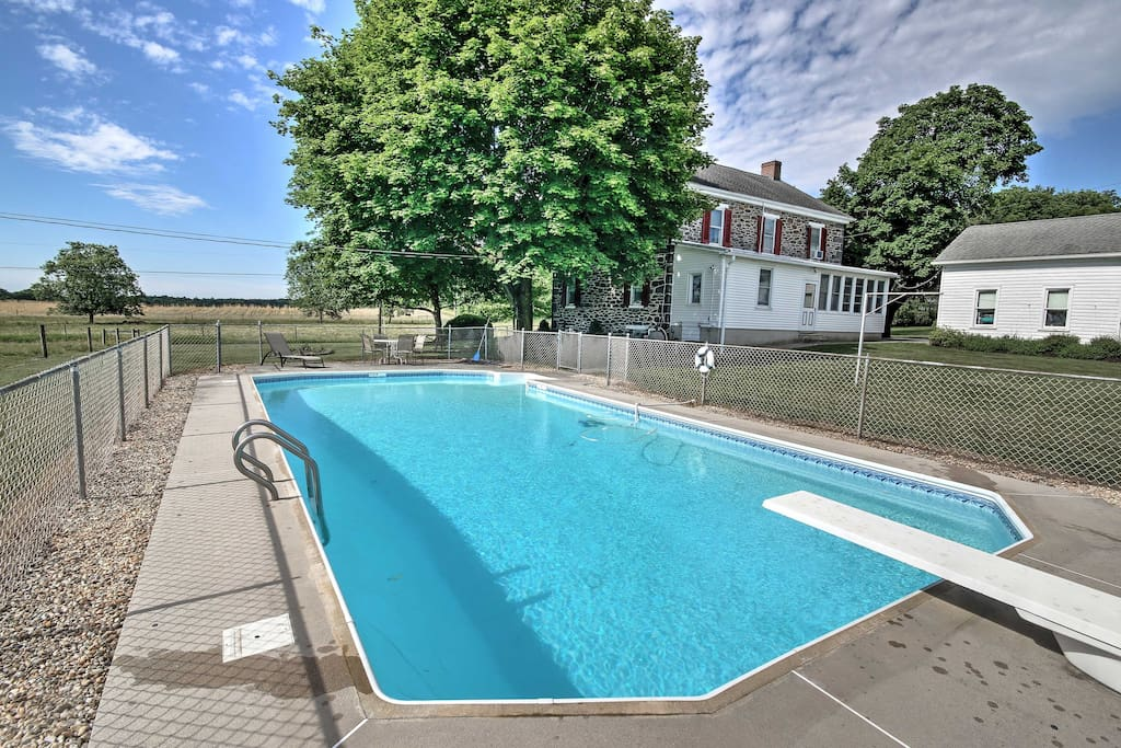 Built before the Civil War in 1861, this stone farmhouse is a wonderful vacation home with private in-ground pool and all of the amenities of a true home-away-from-home.