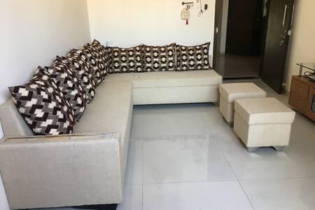 Cosy & Quiet master bedroom  in 2BHK apartment.