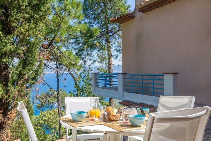 maison vue superbe sur la baie de Cannes