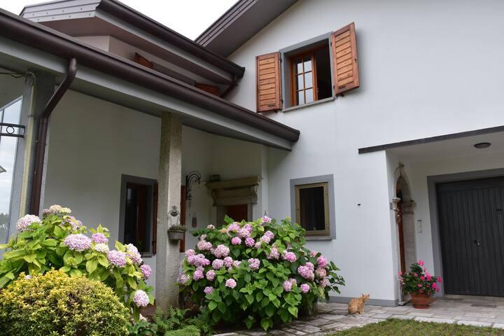 Jacopo Ortis 7 - Casa con vista a Vito D'asio