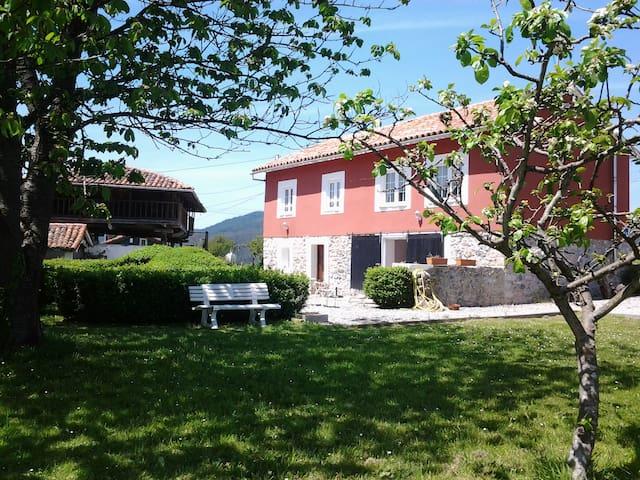 Casa Rural El Zapato en Santullano - Santullano - Dom