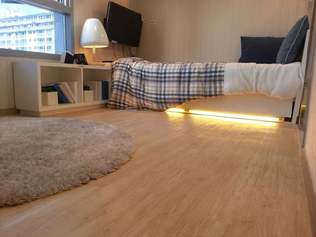 Cozyeon Residence one room Apartment (A)