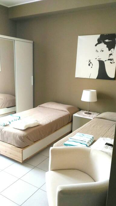 accogliente monolocale a lambrate wohnungen zur miete in mailand lombardia italien. Black Bedroom Furniture Sets. Home Design Ideas
