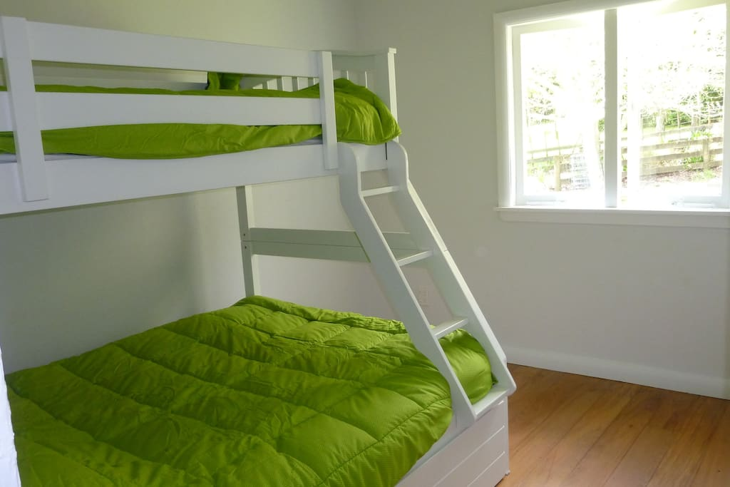 bunk beds double on the bottom single above