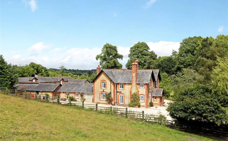 Manor Farm Holiday Home - Wayford - Holiday home
