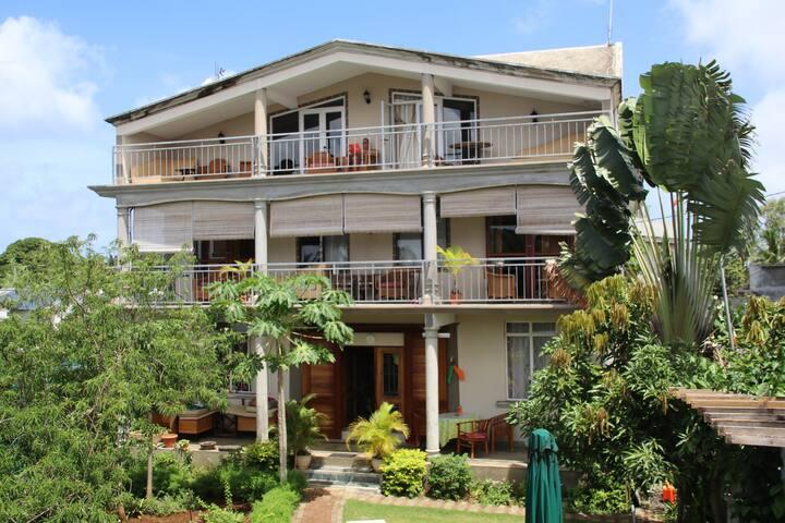 Villa Shanti Flamboyant
