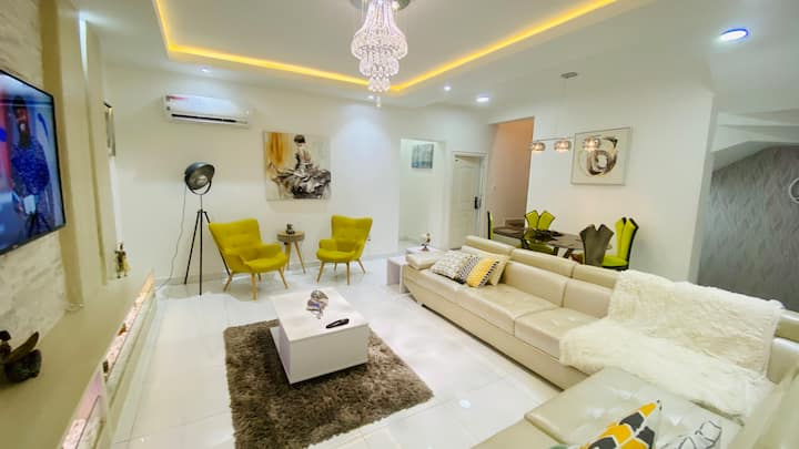 Phiola's 5 Star Short let Apartment in Lekki