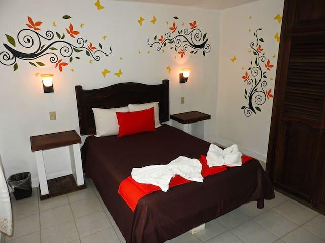 Hotel Posada Las Casas / Habitación Matrimonial