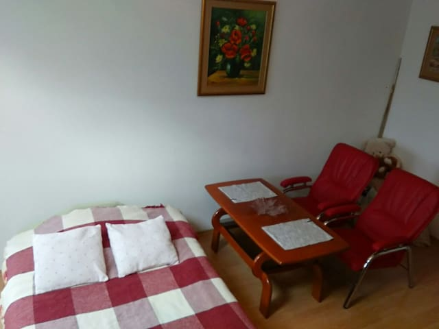 Duży pokój na Mackiewicza