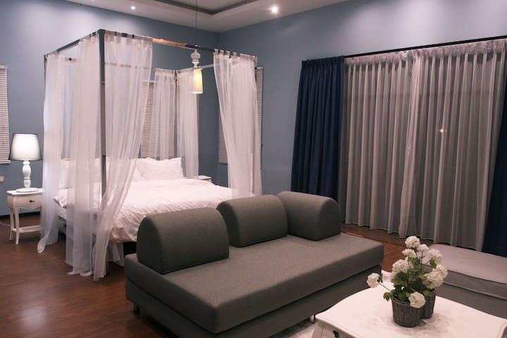 Designer Villa by Verve (26 Pax) EECH09