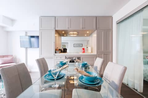 InstantSuites - 2BR+2B| Fast Wifi |❤️ of Yorkville