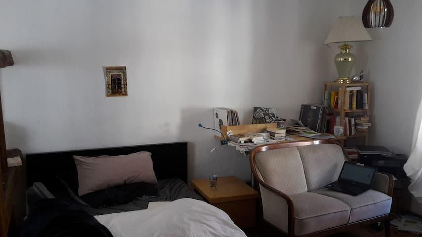 Gemütliches Zimmer im Herzen Weimars