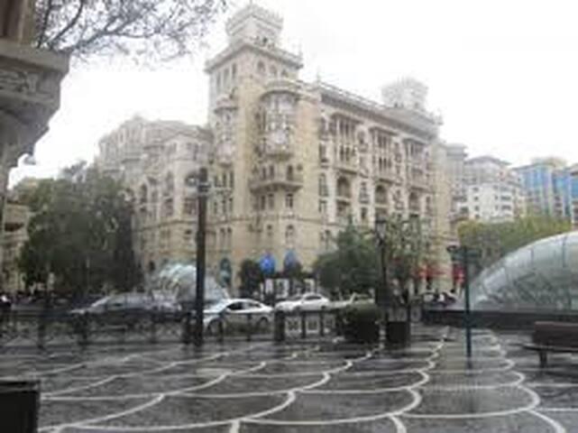 3-комнатная в центре Баку - Baku