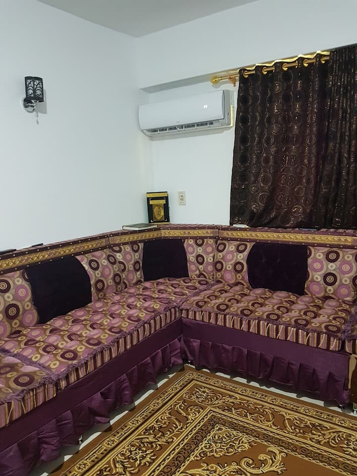 Well furnished apartment for daily or monthly rent