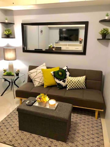 Angel's home @ grassresidences w/wifi & netflix