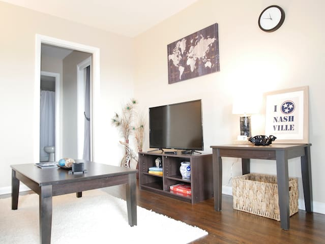 5★ - Modern, Clean, Private Apt near Everything!