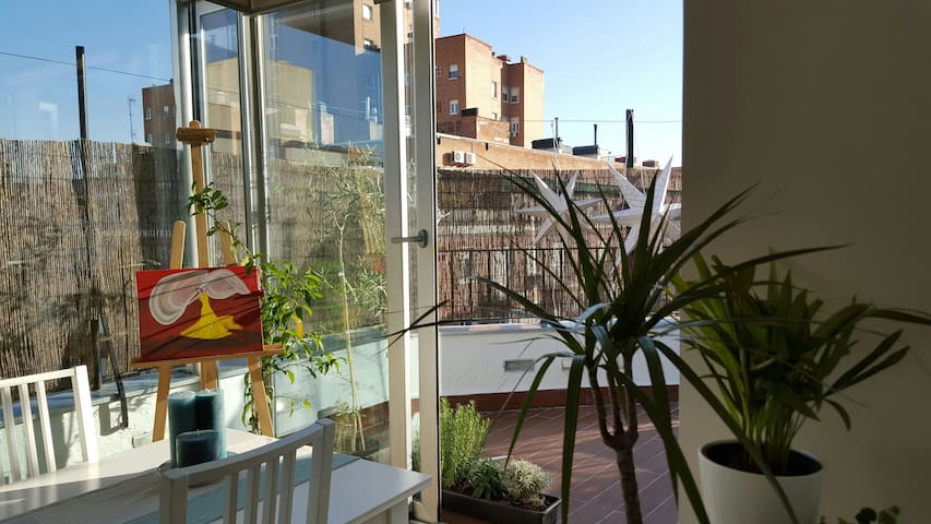 Penthouse w Terrace Madrid Centre A/C in All Rooms - Madrid - Pis