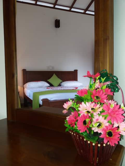 Veenu Apartments-The cheapest price nearby Bentota