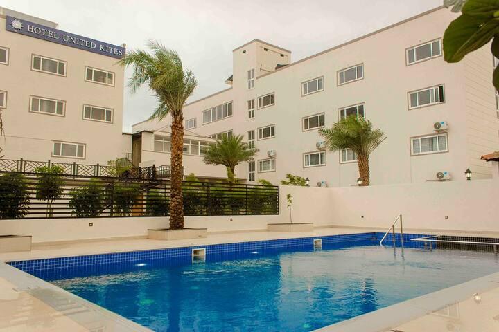 Hotel United Kites (Hassan)