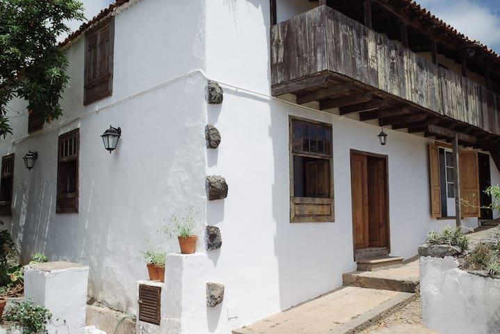 Espectacular casa antigua canaria