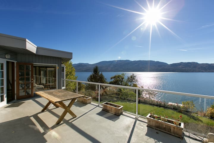 Luxury Lake Okanagan Family Retreat - Peachland - Ház