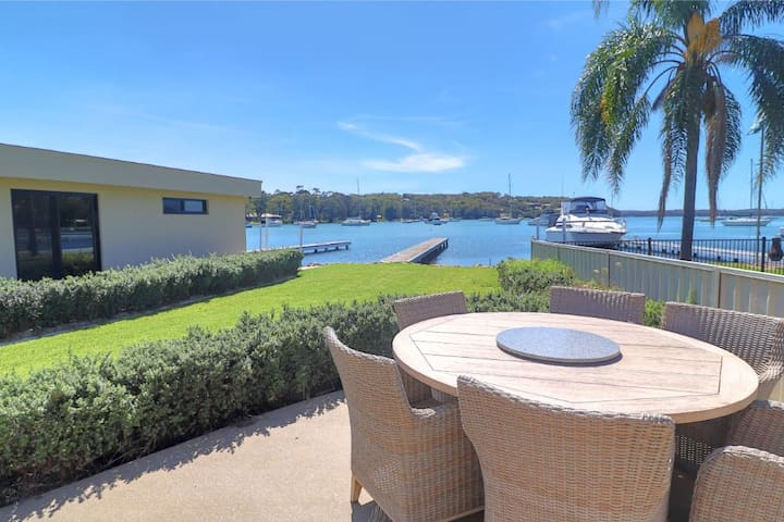 Sugar Bay Bliss - ultimate luxury with lake views