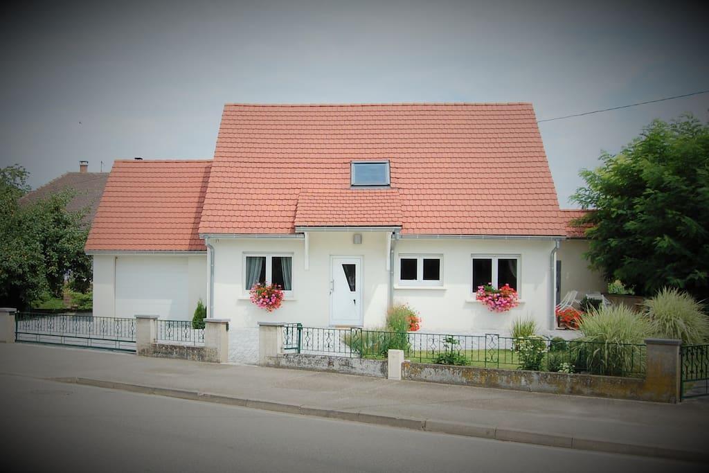 G te de charme kertzfeld pensione in affitto a for Ad garage strasbourg