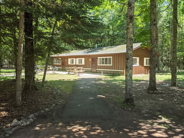 POV Resort Cabins - Social Distancing at its Best, Musky Manor - Unit 2