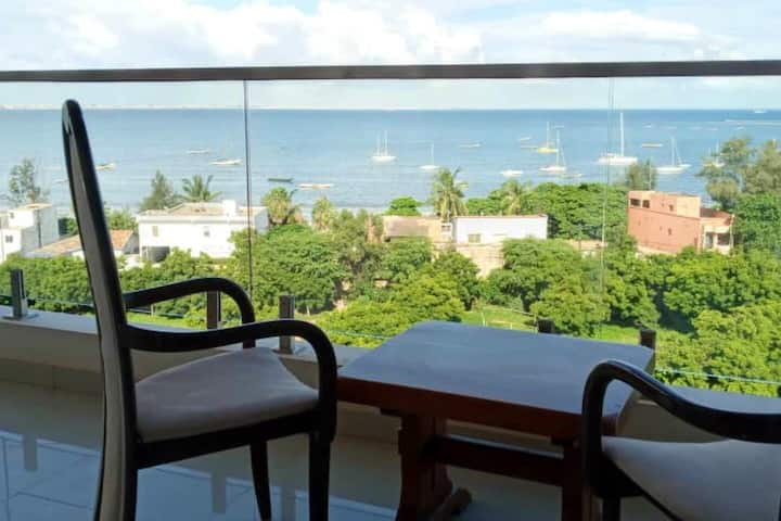 Spacious condo on 6th floor with beautiful view