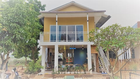 Private Room with balcony Ho Coc Beach Vung Tau