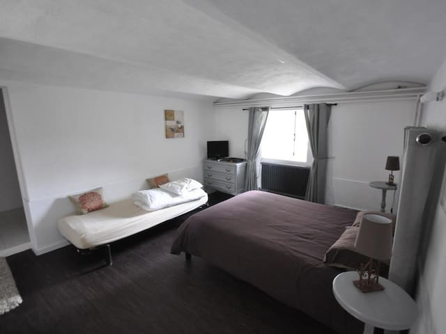 Apartment-Villa-Private Bathroom-Terrace-Gite Verveine 2 personnes