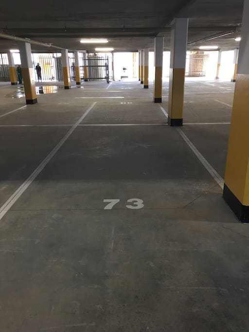 Basement parking bay