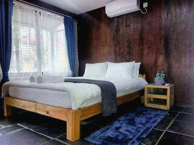 Cottage V -Double bed -AC