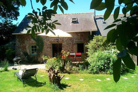 Charmante maison bretonne dans le Finistère