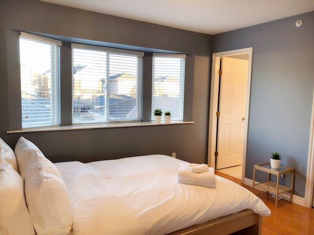 Bedroom 2 with en-suite bathroom