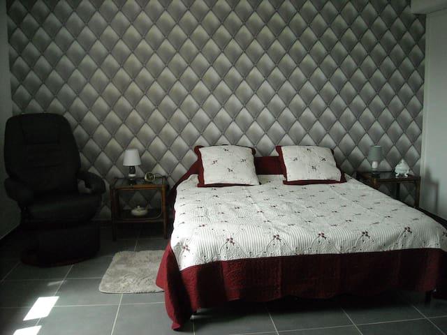 Appartement deux pièces - Sarlat-la-Canéda - Apartment
