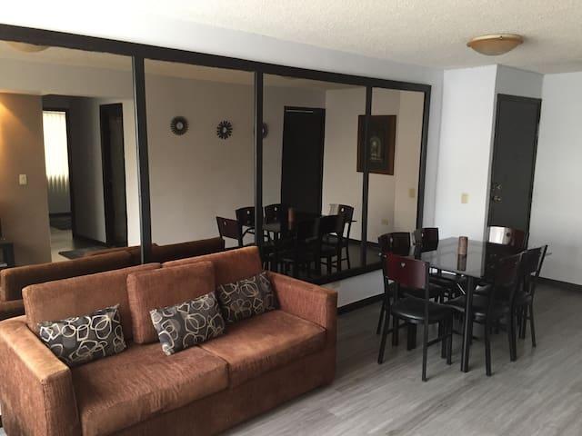 Cozy Apartment Bellavista-Carolina - Quito  - Apartment
