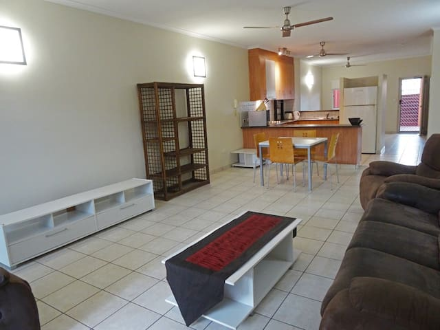 Private room in Darwin City - Larrakeyah - Lejlighed