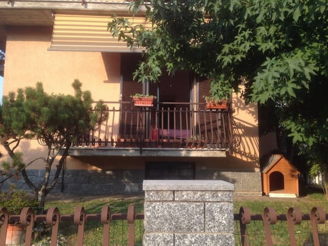 Pavia Furnished House - Pavia - Apartment