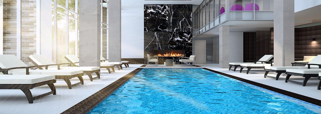 waterfront views fireworks-pool-gym-spa-terrace